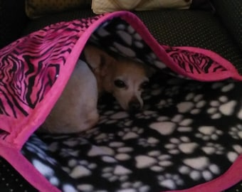 "Comfort Pouch~Dog Cuddle Bed for Little Divas~DOUBLE DUTY Dog Bed/Tote~""R and J Pooch Pouch"" Burrow Bed Easily Convert To Secure Sling Pouch"
