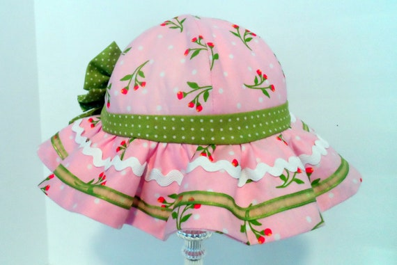 Sun hat Tulip Ruffled Sun hat fits 9-12 month old child  Baby  ba38d23a905
