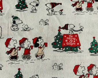 White Snoopy Traditional Christmas Fabric Peanut Quilting Upholstery Fabric Fat Quarter Sold By The Metre Christmas Fabric Charlie Brown