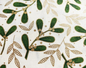 White Cream Metallic Gold Traditional Christmas Fabric Mistletoe Quilting Upholstery Fabric Fat Quarter Sold By The Metre Christmas Fabric
