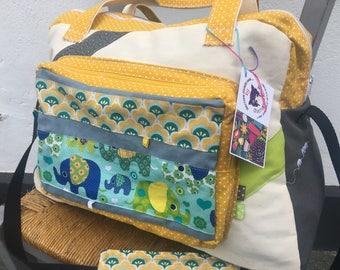 4466859efe86 Sac à langer , sac Week-End , sac à langer éléphants , sac tissu éléphant ,  sac à langer bleu , cadeau naissance   sur commande