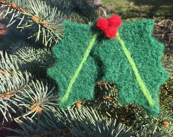 Needle Felted Holly Ornament, Needle Felted Holly Decoration, Needle Felted Holly