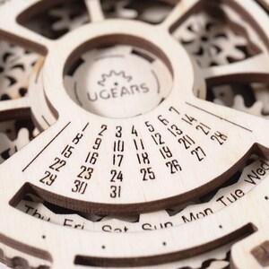 UGears date Navigator Wooden Mechanical Model