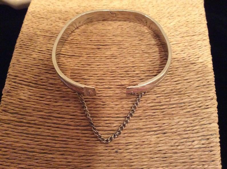 Vintage Jewelry Vintage Bangle Bracelet with Safety Chain Clasp Vintage 1970s Etched Silver Plated Oval Bangle Bracelet