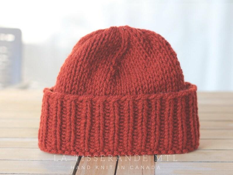 grossiste 7549e 6c261 Tuque en laine Canadienne / Bonnet 100% laine / Tricoté à la main au Québec  | La Tuque Classique - Rouille