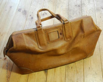 Vintage 30's/40's Tan Leather Possible Deerskin Gladstone Style Bag with Lightning Zip