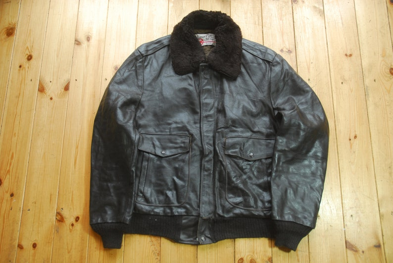 76671ad03 Vintage Sears The Leather Shop Brown Leather Bomber Flight Pilots Jacket 44L