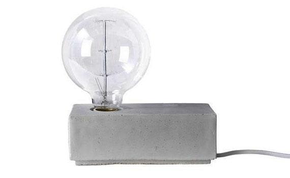 Lampada In Cemento Fai Da Te : Cemento di cubo di base lampada etsy