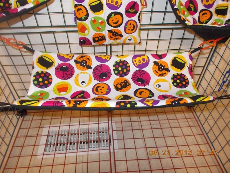 HALLOWEEN  ROCKS    Sugar Glider 6 Piece Cage Set