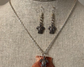 Turtles at Sunrise Necklace & Earrings Set