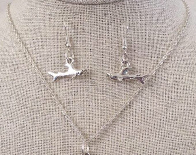 Great White JAWSome Silver Colored Set