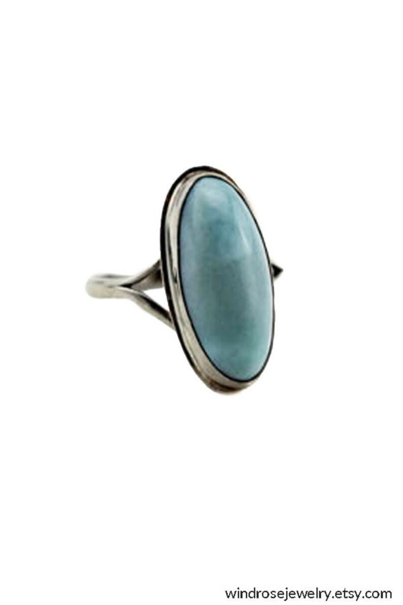 5303b08f958bfd Niebieski Larimar i srebro pierścionek niebieski pierścień   Etsy