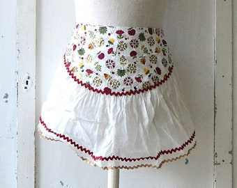 vintage sheer white with red/gold ric-rac trim apron apples acorns white shabby chic apron