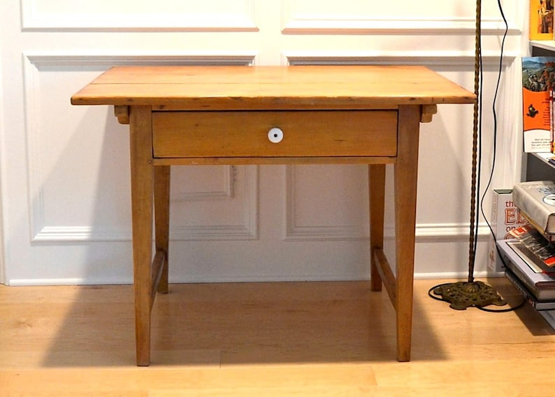 Houston Local Pick Up Only Anitique Pine Table Farmhouse Furniture Decor Small Pine Table