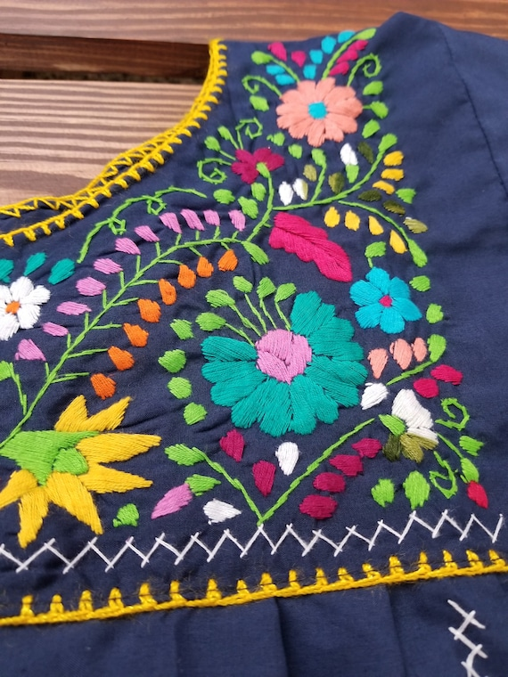 Handmade embroidered dress, mexican dress - image 3