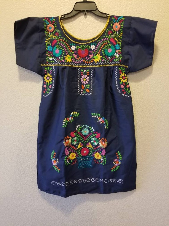 Handmade embroidered dress, mexican dress - image 1
