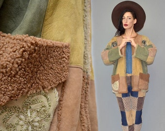 Vintage Dagmar ERTINGER Folklore Garb Patch Embroidery Tapestry Jacquard Patchwork Nude Real Shearling Lamb Fur Kimono Jacket Cape Coat XL