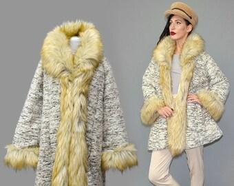 Vintage ITALIAN Tre Sorelle Wool Bouclé Blanket Designer Faux Fur Shaggy Fake Trimmed Swinger Draped Bell Trapeze Coat Cape Jacket Layering