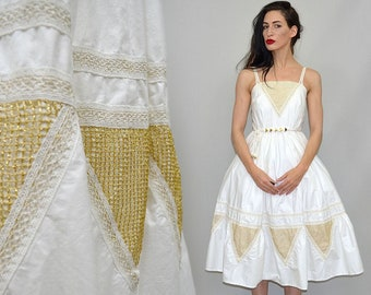 Vintage MUREK Designer Petticoat Bridal Dress Golden Mesh Net Lace Geometric Embroidery Flared Skirt 70s-does-50s Strappy Rockabilly Pinup M