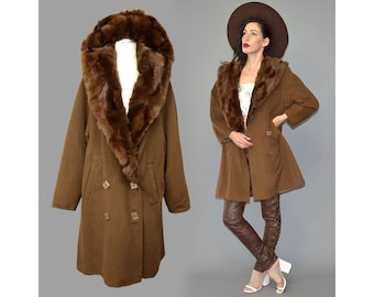 Vintage Camel Tan Caban Anorak Parka Layering Jacket Fuzzy Wool Oversize Draped Blanket Geometric Double Breasted Button Tent Trapeze Cape L