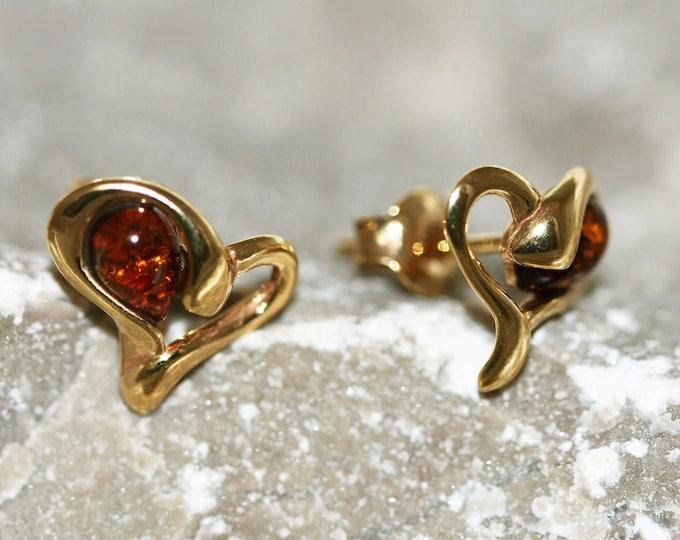 Amber & Gold. Heart shaped Baltic amber earrings, gold earrings. Valentine's Day gift. Amber jewelry. Handmade jewelry. Stud earrings.Modern