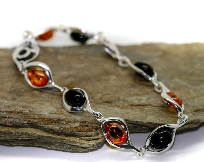 Whitby Jet and Amber bracelet. Sterling Silver Bracelet, British jewellery. Contemporary jewelry. Genuine Whitby Jet.