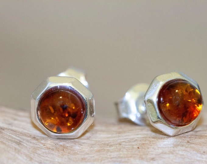 Stud earrings. Sterling silver and cognac amber earrings. Baltic amber. Perfect gift for her. Amber jewelry,  round earrings. Modern studs