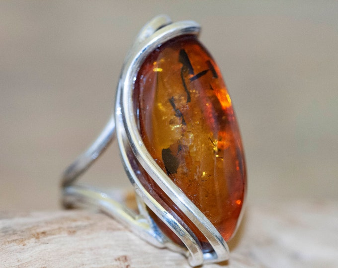 Baltic amber ring. Baltic amber & sterling silver. Unique ring. Statement ring. Contemporary ring. Designer ring. Elegant ring. Big ring.