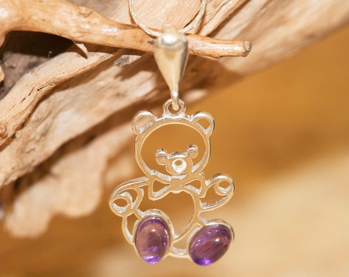 Amethyst pendant. Amethyst Pendant in Sterling Silver setting. Amethyst. Contemporary jewelry. Amethyst jewelry.  Teddy bear. Perfect gift.