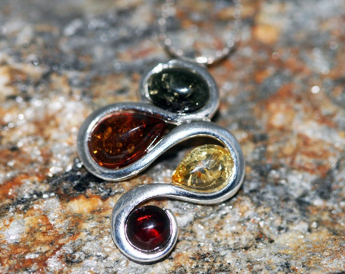 Baltic Amber Pendant in Sterling Silver. Amber necklace, silver necklace. Baltic Amber jewelry. Perfect gift for her. Green amber. Dainty.