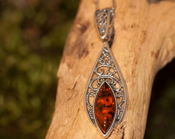 Celtic pendant viking wiccan. Baltic Amber Pendant in Sterling Silver. Amber necklace. Baltic Amber jewelry. Perfect gift for her. 925.