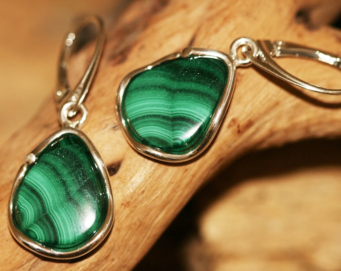 Malachite earrings fitted in Sterling Silver setting. Green earrings. Malachite designer earrings, lever back dangle earrings, gift for her