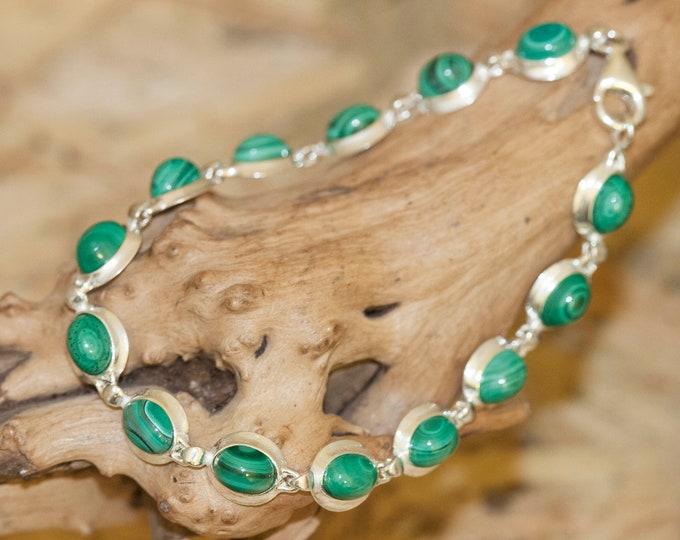 Malachite bracelet. Genuine malachite in sterling silver setting. Elegant bracelet. Links bracelet. Gift for her. Contemporary bracelet.