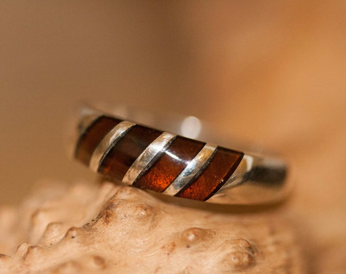 Cognac amber ring. Cognac amber shades fitted in sterling silver setting. Statement ring. Silver ring. Amber ring. Men ring. Unisex ring.