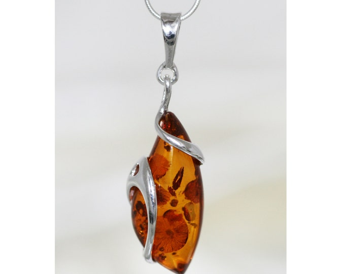 Baltic Amber Pendant in Sterling Silver. Amber necklace, silver pendant. Baltic Amber jewelry. Silver necklace. Perfect gift for her. 925.