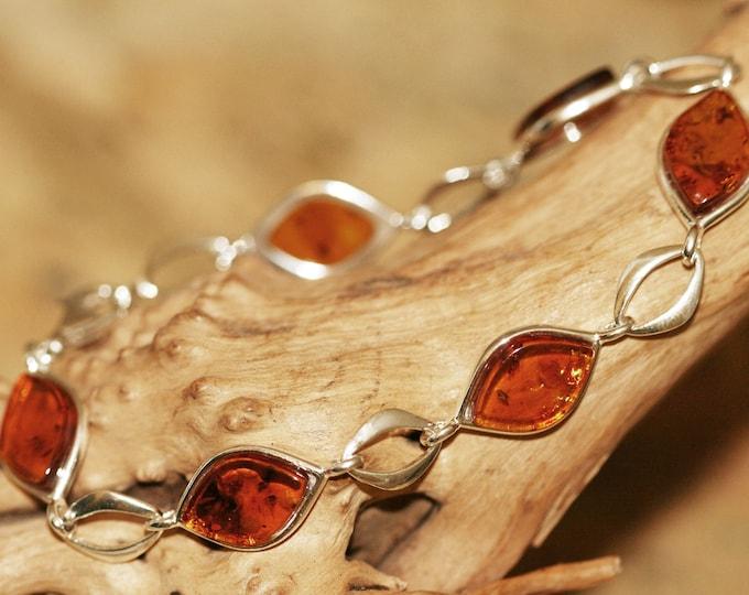 Amber bracelet. Baltic amber in sterling silver. Silver bracelet. Links bracelet. Gift for her. Cognac amber bracelet. Contemporary design.