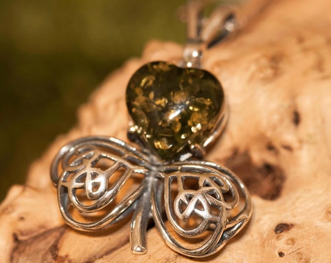 Shamrock pendant in Sterling Silver. Amber necklace, silver pendant. Baltic Amber jewelry. Green pendant.Perfect gift for her. 925.