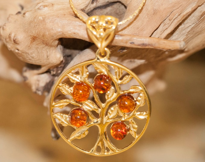 Amber & Gold. Tree of Life Baltic amber pendant, gold necklace. Perfect gift for her. Gold pendant. Amber jewelry. Handmade jewelry.