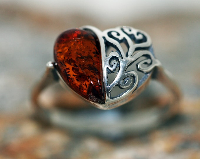 Baltic amber ring. Cognac piece of Baltic amber & sterling silver setting. Valentine's Day gift. Designer ring. Amber jewelry. Heart shape