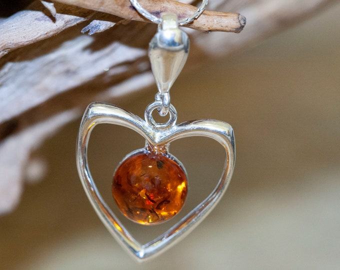 Baltic Amber Pendant. Sterling Silver. Heart shaped. Amber necklace. Dainty necklace. Baltic Amber jewelry. Silver necklace. Perfect gift.