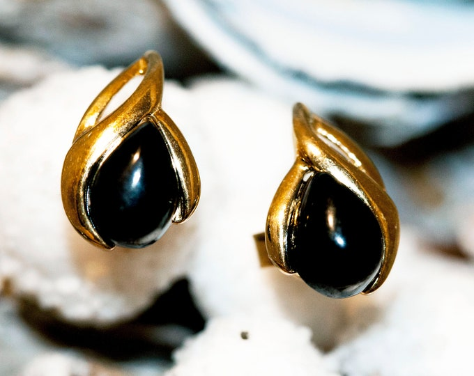 Whitby Jet Earrings. Gold Earrings, British jewellery. Contemporary jewelry. Perfect gift. Genuine Whitby Jet. Elegant studs