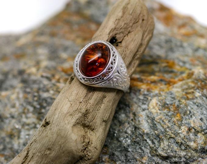 Baltic Amber Signet ring, Men signet ring, Sterling silver signet ring, Men jewelry, Men ring, Gift for him, Viking jewelry,  US size 10 1/2