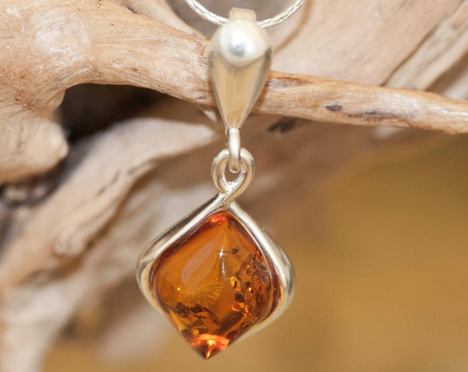 Baltic Amber Pendant in Sterling Silver. Amber necklace, dainty necklace. Baltic Amber jewelry. Silver necklace. Perfect gift for her, 925
