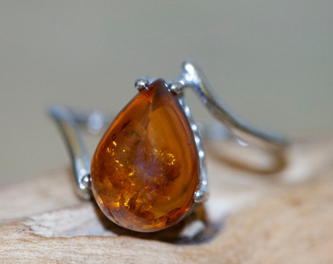 Baltic Amber Ring. Sterling Silver setting. Designer jewelry, Viking jewelry. Cognac Amber. Statement ring. Perfect gift. Designer ring.