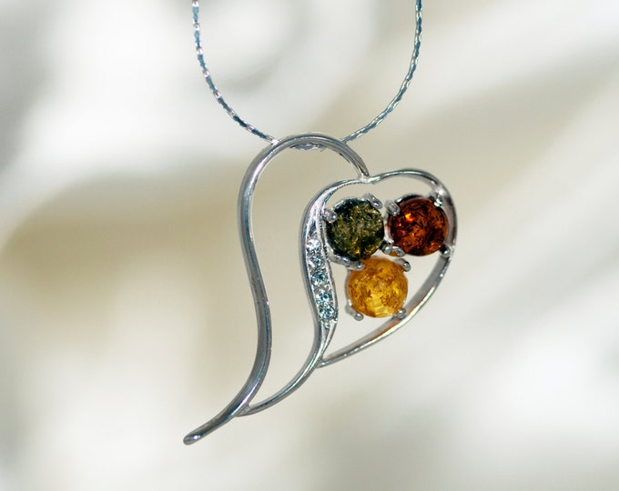 Heart Amber Pendant in Sterling Silver. Amber necklace, silver pendant. Amber jewelry. Valentine's Day gift for her. Multicolor pendant