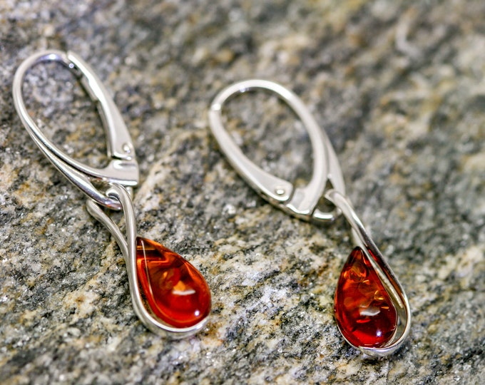 Baltic Amber Earrings fitted in a Sterling Silver setting. Silver earrings, amber stone. Perfect gift for her. Amber jewellery,  jewellry.