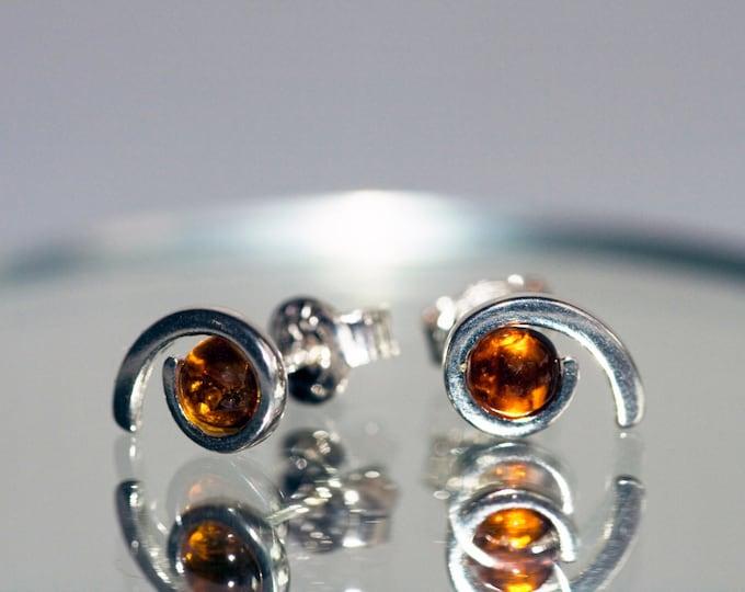 Baltic amber earrings in Sterling Silver / Cognac amber earrings / Silver Earrings/ Gift for her / Dangling earrings / Butterfly earrings