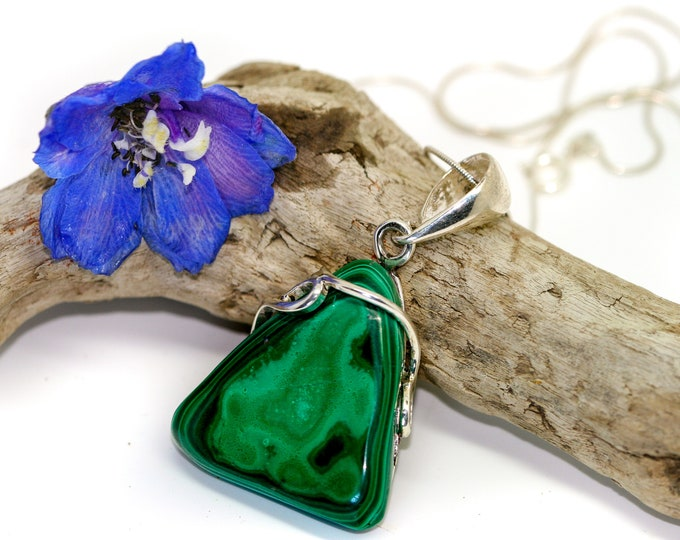 Fine Malachite Pendant in Sterling Silver / Perfect gift for her / Malachite necklace / Silver pendant / Malachite jewelry /