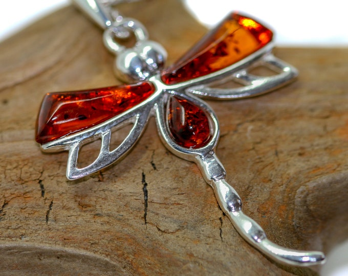Dragon Fly. Baltic Amber Pendant in Sterling Silver. Amber necklace, silver jewelry. Baltic Amber jewelry. Silver necklace.