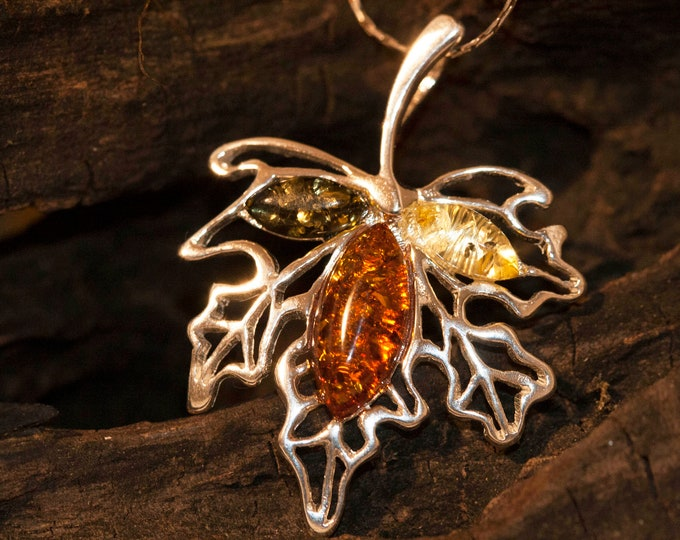 Maple leaf pendant in Sterling Silver. Amber necklace, silver pendant. Baltic Amber jewelry. Multicolor pendant.Perfect gift for her. 925.